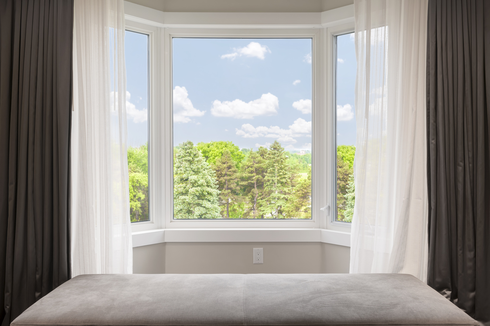 what s the difference in bow windows and bay windows bay and bow windows a bay window bay vs bow window bay