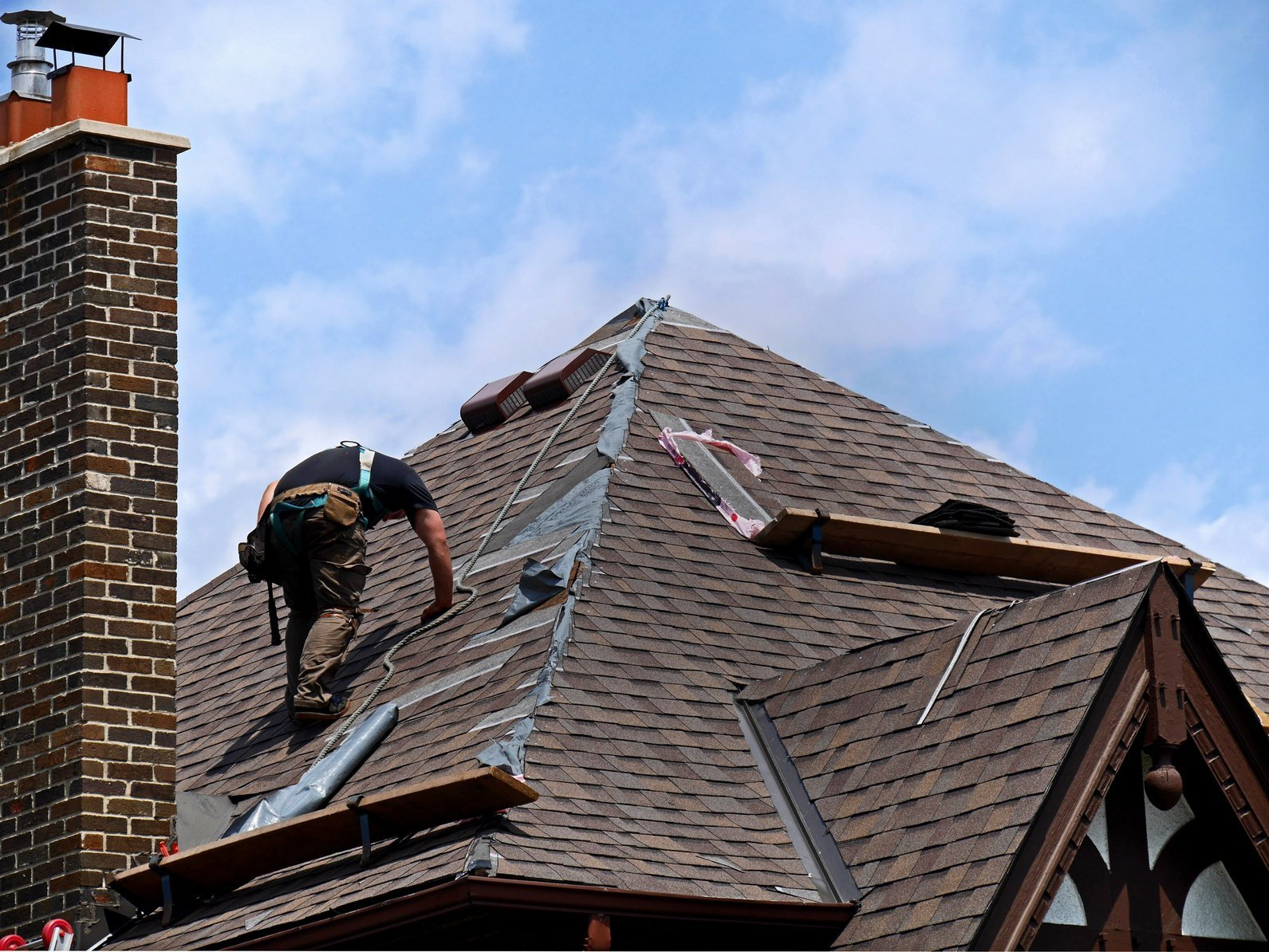 How Much Does a New Roof Cost in Woodbridge, VA?